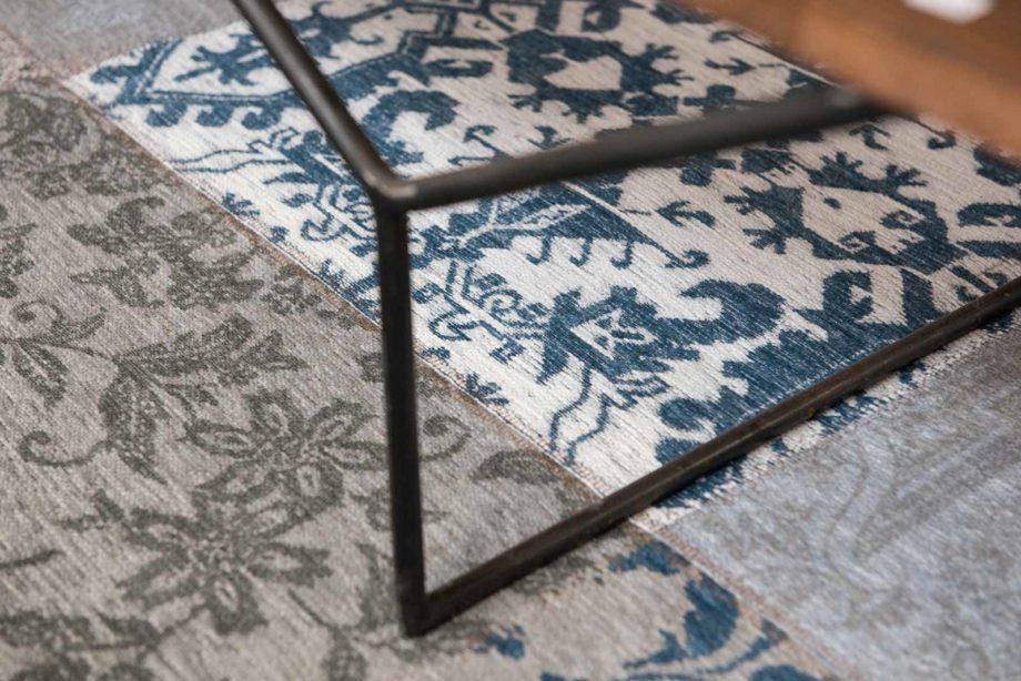 Louis De Poortere rug LX 8981 Vintage Bruges Blue zoom 1